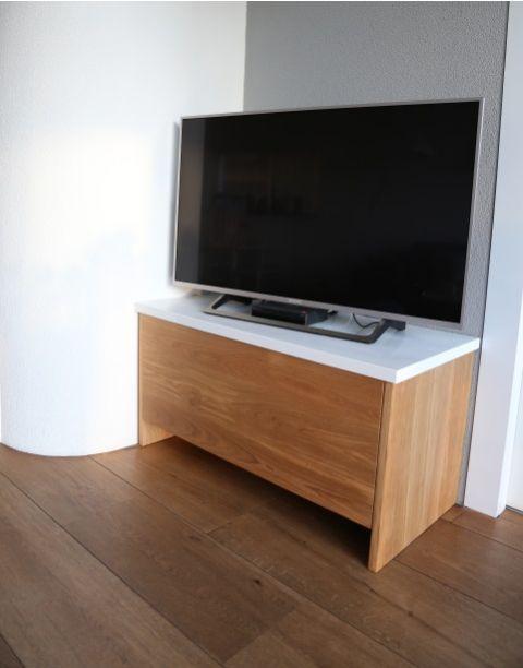 Eiken TV meubel met wit bovenblad